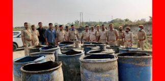 कुशीनगर: अवैध शराब के विरुद्ध दी गयी दविश, कई कुन्तल लहन हुआ नष्ट